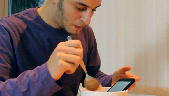 Sony Xperia Z – Witziges Video zeigt, wie stabil es ist