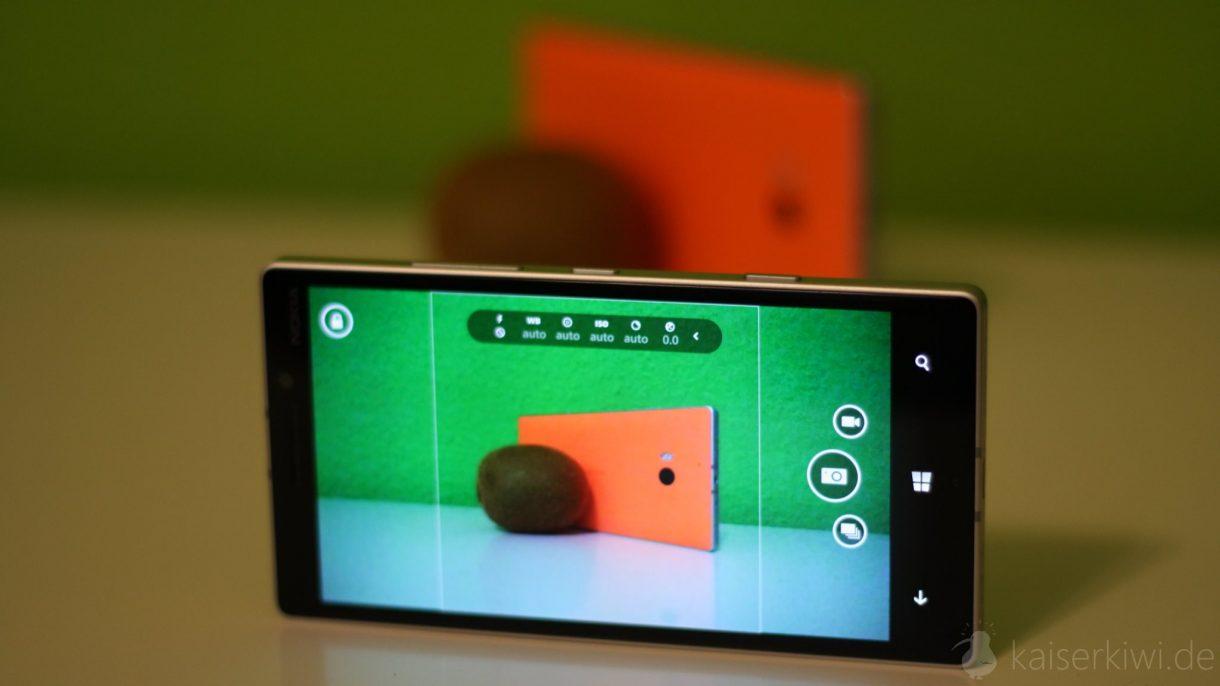 Lumia 930 Test -  Lumia 930 durch Kamera