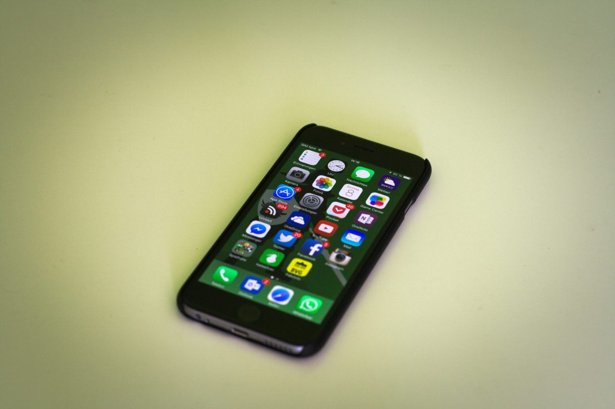 iPhone 6 Test mit Hülle von vorn