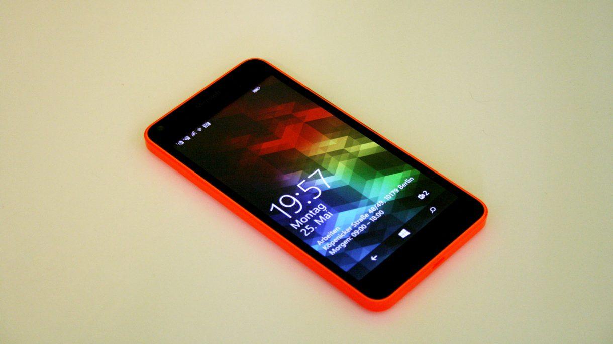 Lumia 640 von vorne