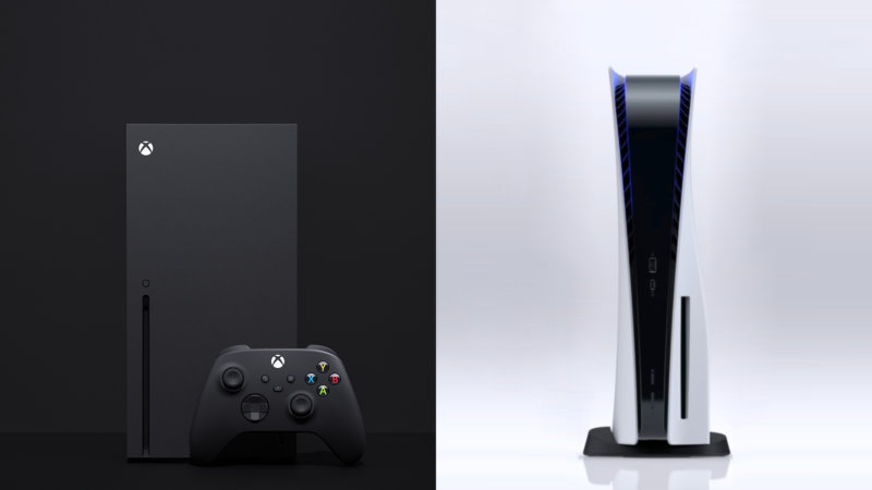 Links: Die Xbox Series X | Rechts: Die PlayStation 5